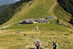 20-Abstieg-zur-Doellerer-Alm-